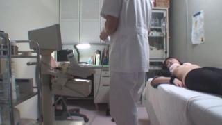 ワイセツ婦人科医の過剰診察記録 #File03-B ~21歳美乳女子大生 生理痛~