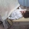 内診台診察でカラダが仰け反ってしまうほど苦痛なナナコさん(22歳フリーター) 子宮痛~ 内診台診察編 ワイセツ婦人科医の過剰診察記録 #File15-C