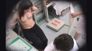ベージュの下着が素敵な27歳の黒髪主婦良江さん 不整出血 問診 都市型産婦人科クリニックFile19