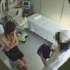 恥ずかしそうにブラを外す公務員のエリさん(21才)の問診シーン レディースクリニック検診隠し撮り No.18