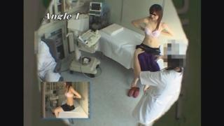 結構、美乳な公務員エリさん(21才)のエコー診断 レディースクリニック検診隠し撮り No.17