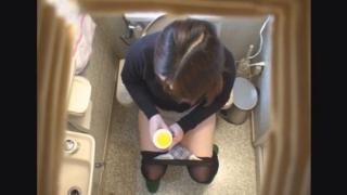黒パンストの美人保育士ミワさん(26) ~待合室・採尿~ 婦人科診察のすべて  File05-a