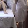 【スカートの奥にチラリのぞくパンチラ 28歳専業主婦のヒロミさん 問診・触診編2 産婦人科診察#017A-2