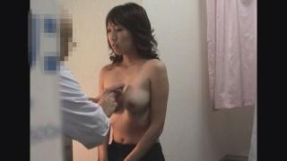 【なかなか美巨乳な女子大生カナさん(20)】