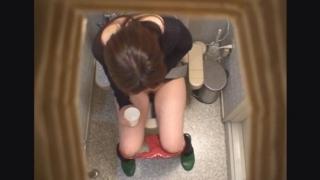 長身スレンダーな美脚主婦ユウコさん(26) ~待合室・採尿~ 婦人科診察のすべて  File11-a