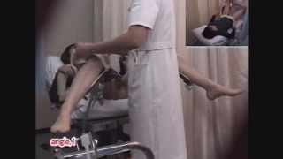 【20歳女子大生カオルさん】恥ずかしすぎる内診台診察 File12-B1 鬼畜の産婦人科診察隠し撮り