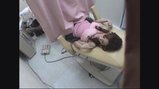 恥ずかしさに耐える飲食業店員のルミさん(20) ~羞恥の内診台診察(後半)~ 新・婦人科診察のすべてFile01-C